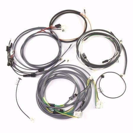 John Deere 4230 Wiring Harness likewise Iskra Alternator Wiring Diagram together with Delco Generator Wiring Diagram besides Wiring Diagram For Leece Neville Alternators as well Wiring Diagram For 4020 12 Volt Starter. on delco remy 24 volt alternator wiring diagram