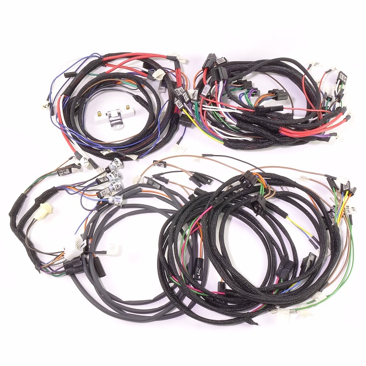 john deere 2520 gas serial 22 001 up complete wire harness rh brillman com 7220 John Deere Cab Wiring Diagram Harness John Wiring Deere Pf80988